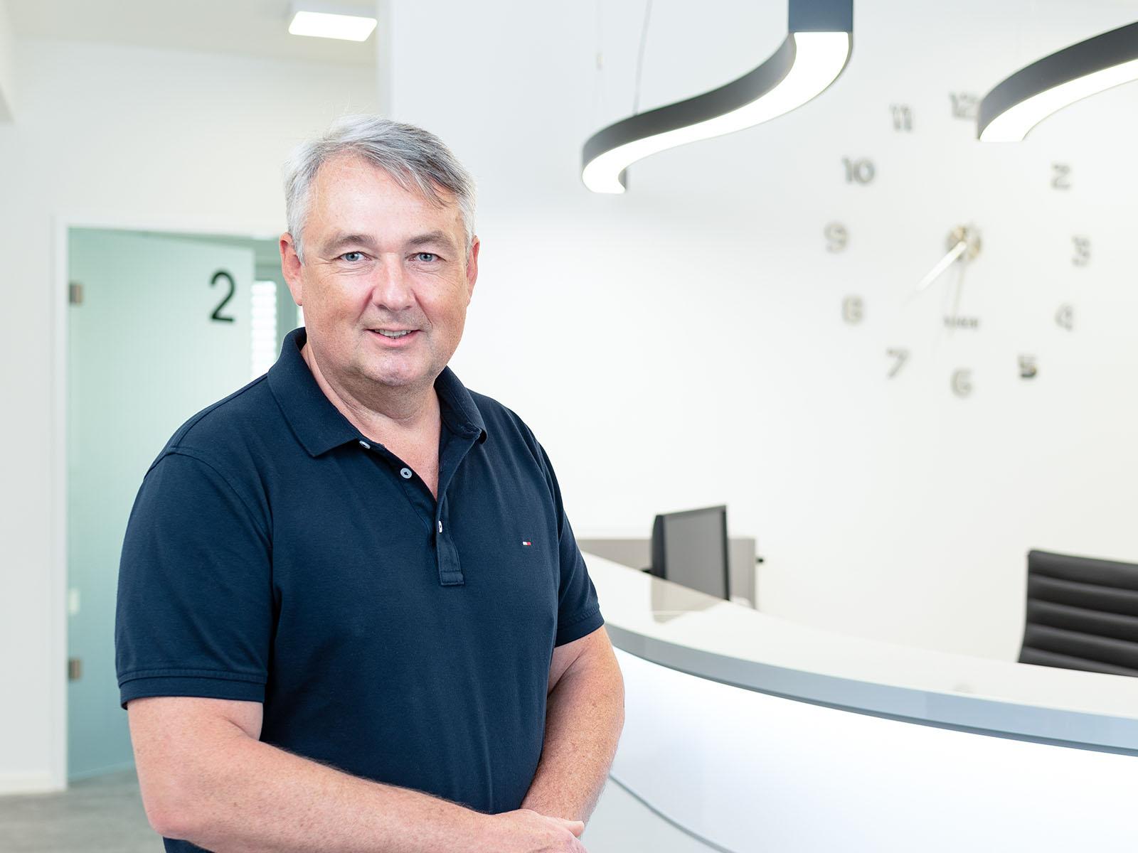 Zahnarzt Dr. Andreas Makowski